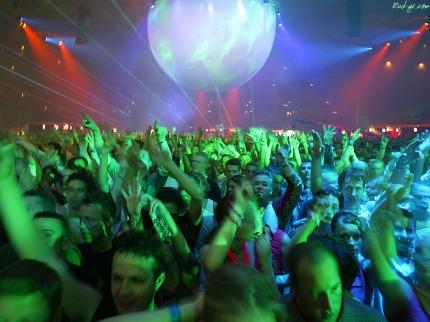 publik di konser musik